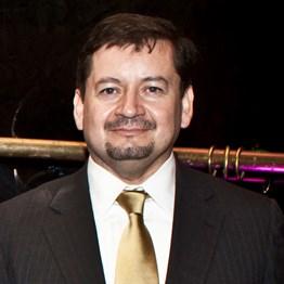 LuisVelasquez300